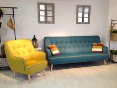 Descubre en nuestra tienda los mejores #sofás y vive un otoño lleno de buenos momentos en #casa.