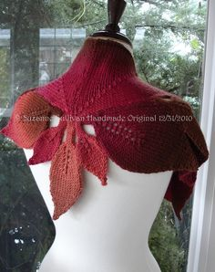 Knit Cape with leaves. I LOVE this. I'm going to ask her if I can buy her pattern to make it myself s I would love to make them in several colors and materials! :)