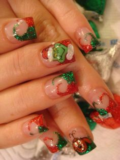Holiday grinch nails!! I have wanted nothing on my nails more.. ever.