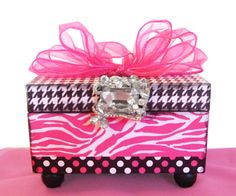 Wild Zebra Trinket Jewelry Box-trinket box, little girls jewelry box, wholesale designer boxes, hot pink trinket box, zebra box, zebra room decor