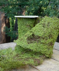 Resembling the natural carpet covering a forest floor, this artificial Sheet Moss Roll is the perfect woodland accent for an eco-friendly event, outdoor party, or store display. Use this sheet of moss as a decorative element for planters and pots.