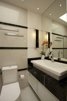 Reforma Casa Ipiranga: Banheiros modernos por Designer de Interiores e Paisagista Iara Kílaris