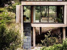 Ein sprechender Berg und schwebender Beton: In La Rufina hielten zwei Architekten Konversation mit ihrem Bau, der Landschaft und – Le Corbusier.