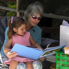 Early Signs of Dyslexia - Blog post written by Lenka Vodicka, mother, teacher, writer, and photographer.  A Dyslexia Story