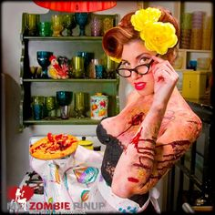 Zombie Graphic: Zombie Pin-up girls Calendar