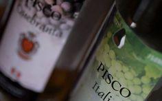 2013 - 3 de Octubre - El Salvador reconoce al Perú como único productor de pisco, Luego de más de una década, la Corte Suprema de Justicia de El Salvador finalmente le dio el triunfo a Perú en el litigio por el uso del nombre'pisco'. Hasta hace algunos meses, Chile aún pugnaba por conservar la etiqueta de esta bebida como oriunda de su patria.