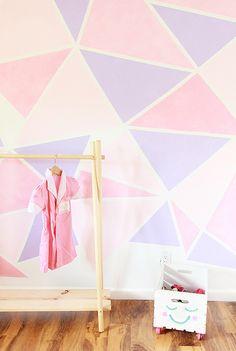 DIY: geometric painted wall