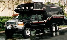 All terrain Ford Super Duty with 6 wheel drive and truck bed camper Bus Camper, Camper Trailers, Off Road Camping, Truck Camping, Ford Super Duty, Rv Motorhomes, Gmc Motorhome, Cool Rvs, 4x4 Van