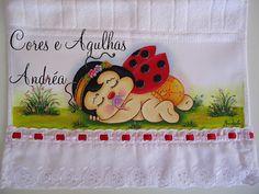 Cores e Agulhas: Toalhinha Infantil Pintada para Bebê!