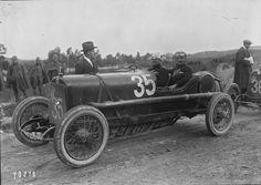 Antonio_Ascari_in_his_Alfa_Romeo_20-30_ES_at_the_1922_Targa_Florio_(2).jpg (8080×5720)