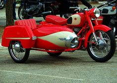 1968 Pannonia Motorcycle with Sidecar Motorbike With Sidecar, Motorcycle Wheels, Car Wheels, Vintage Bikes, Vintage Motorcycles, Cars Motorcycles, Vintage Cars, Classic Motors, Classic Bikes