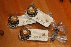 Mira estas 15 ideas para hacer pequeños detalles o souvenirs con dulces que puedes regalar en fiestas como un recuerdo de agradecimiento p...