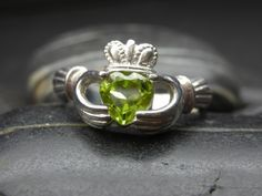 Heart shape Peridot Claddagh ring in sterling by nellyvansee, $108.00