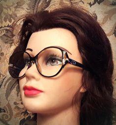 7 meilleures images du tableau Lunette dior   Glasses, Eyewear et ... 6d3109f388c5