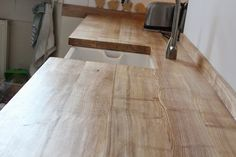 New Diy Kitchen Worktop Wood Ideas Wood Patio Chairs, Desk Chairs, Belfast Sink, Country Kitchen, Kitchen Wood, Kitchen Ideas, Kitchen Sinks, Kitchen Worktops, Reclaimed Wood Furniture