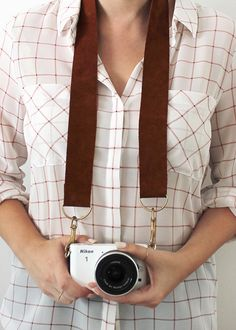 diy leather, camera straps, camerastrap, leather camera, strap project, apartments, 20 diy, strap diy, diy camera strap