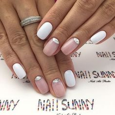 Semi-permanent varnish, false nails, patches: which manicure to choose? - My Nails Fabulous Nails, Perfect Nails, Gorgeous Nails, Love Nails, Pretty Nails, My Nails, Nail Art Tropical, Gelish Nails, Manicure E Pedicure