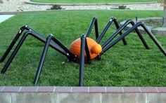 PVC Pumpkin SpiderA whimsical Halloween decoration, easily made from PVC pipe, fittings and a pumpkin. - FORMUFIT.com