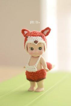 여우 코스튬 / 소니엔젤 인형옷 뜨기 : 네이버 블로그 Kewpie, Doll Clothes Patterns, Clothing Patterns, Cupie Dolls, Crochet Baby, Knit Crochet, Sonny Angel, 18 Inch Doll, Crochet Clothes