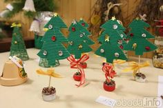 Foto: Rodiče s dětmi v Církvici trávili odpoledne ve škole, vyráběli vánoční dekorace…