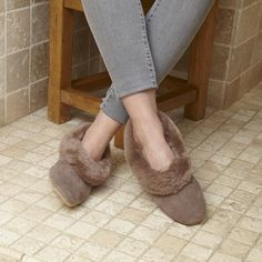 Our classic women's Janette sheepskin slippers have silky suede uppers and suede soles. Our range of sheepskin slippers provide luxurious comfort and style. Shearling Slippers, Sheepskin Slippers, Womens Slippers, Ugg Boots, Uggs, Taupe, How To Look Better, Luxury, Collars