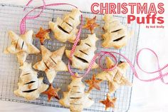 Eat | Quick and Easy Fruity Christmas Puffs http://www.red-brolly.com/2013/11/eat-quick-and-easy-fruity-christmas-puffs/