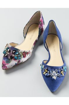 Swooning over these pointy-toe flats with colorful prints and crystals that are sure to make a statement during the holiday season.
