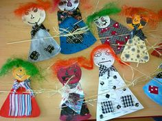 Witch Party, Halloween Party, Fun Crafts, Crafts For Kids, Room On The Broom, Witchcraft, Art For Kids, Preschool, Seasons
