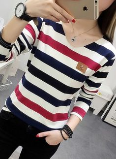 Shop online for fashionable ladies' Blouses at Airydress - your favourite high street store. Blouse Styles, Blouse Designs, Look Fashion, Fashion Outfits, Stylish Dresses For Girls, Professional Outfits, Teenager Outfits, Blouses For Women, Pullover
