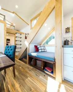 So much to love about how this custom tiny home turned out. The book nook, proper staircase, dual lofts, etc.. what's your favorite part?!