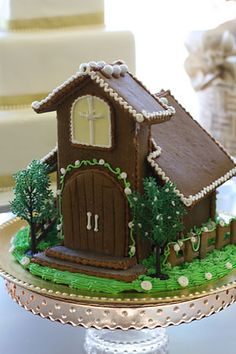 The Solvang Bakery: Personalized Christmas Gingerbread House Churches with Pictures of Gingerbread Houses, Solvang CA