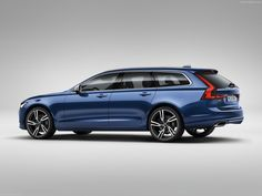 We present the new Volvo V90 in the R-Design which's looking sports than the normal version.Release in 2016.Families gonna be faster on the way.
