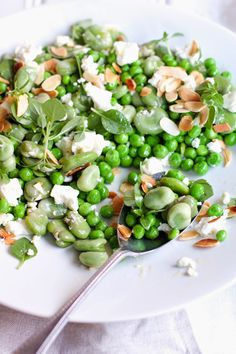 Jet and Indigo: PEA AND BROAD BEAN SALAD WITH BASIL AND FETA