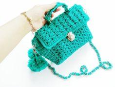 tas rajut slingbag murah klik di sini https://www.bestmagz.id/model-tas-rajut-cantik-unik-murah/
