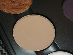 MAC eyeshadow in Kid, perfect color for most skin tones to be used as a light crease color, or a lid color for a light warm smokey eye. Works very well with MAC's Handwritten.