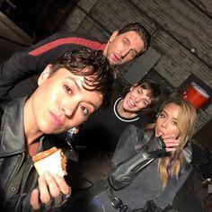 Cast Agents Of Shield, Shield Cast, Marvels Agents Of Shield, Marvel 3, Disney Marvel, Marvel Memes, Marvel Universe, Elizabeth Henstridge, Iron Man Captain America