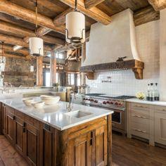 weiß und rustikale Küche