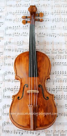 Everything but the strings is edible on this violin cake by Jessica Harris of Jessicakes.