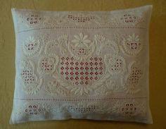 小さいクッション(cushion)。 約28×35cm デンマーク・Greve ...