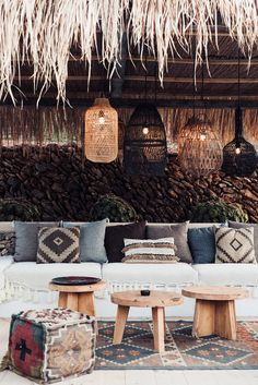 Fabric details : brown inspiration for weave and white fringes too Ibiza Style Interior, Cafe Interior, Ibiza Restaurant, Restaurant Design, Outside Living, Outdoor Living, Outdoor Decor, Outside Seating, Ibiza Fashion