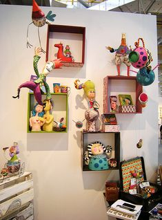 Paper Clay, Paper Art, Diy And Crafts, Arts And Crafts, Paper Mache Sculpture, Paper Mache Crafts, Fruit Shakes, Fun Projects, Art Dolls