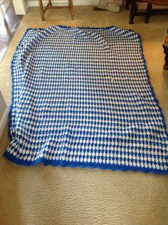 Vintage Crocheted blue blanket.  Vintage afghan.  Clue Afghan.  Afghan.