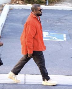 Kanye West Outfits, Kanye West Style, Collar Shirts, Trendy Outfits, Rain Jacket, Windbreaker, Men Casual, Normcore, Style Inspiration