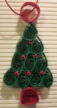 Paper quilled Christmas tree ornament