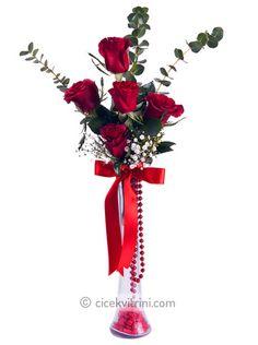 5 gül Ümraniye için çiçek siparişi vermek isterseniz http://www.cicekvitrini.com/cicekler/umraniye-cicek-siparisi