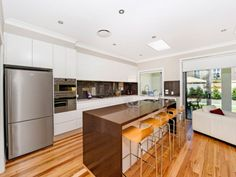 1a Strickland Street, Rose Bay, NSW 2029 #caesarstone #kitchen #design #inspiration #benchtop #renovation #ideas