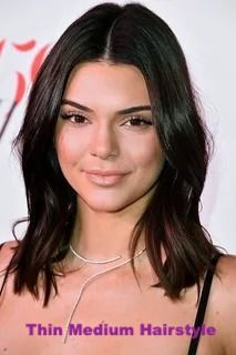 The Stunning With Reference To 2019 Hair Color Trends For Brunettes Beautiful hair cuts against fash Dark Purple Hair Color, Brown Hair Colors, Hair Color Ideas For Dark Hair, Kendall Jenner Hair Color, Kendall Jenner Hairstyles, Kylie Jenner, Kendall Jenner Haircut Long Bobs, Haircuts For Fine Hair, Long Haircuts