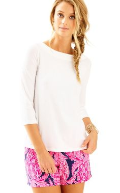 A 3/4 top with shorts is the perfect outfit for a casual outdoor lunch with friends. The Waverly Top has a boatneck and a rounded keyhole in the back. Pair it with printed shorts and you are good to go.