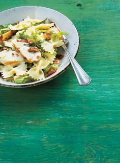 Salade de pâtes au poulet à la César Recettes   Ricardo