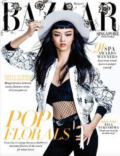 Quem recheia o post de hoje é a Harper's Bazaar Singapura  de fevereiro de 2016. A direção de arte é de Daphne Tso  que traz nessa edição m...